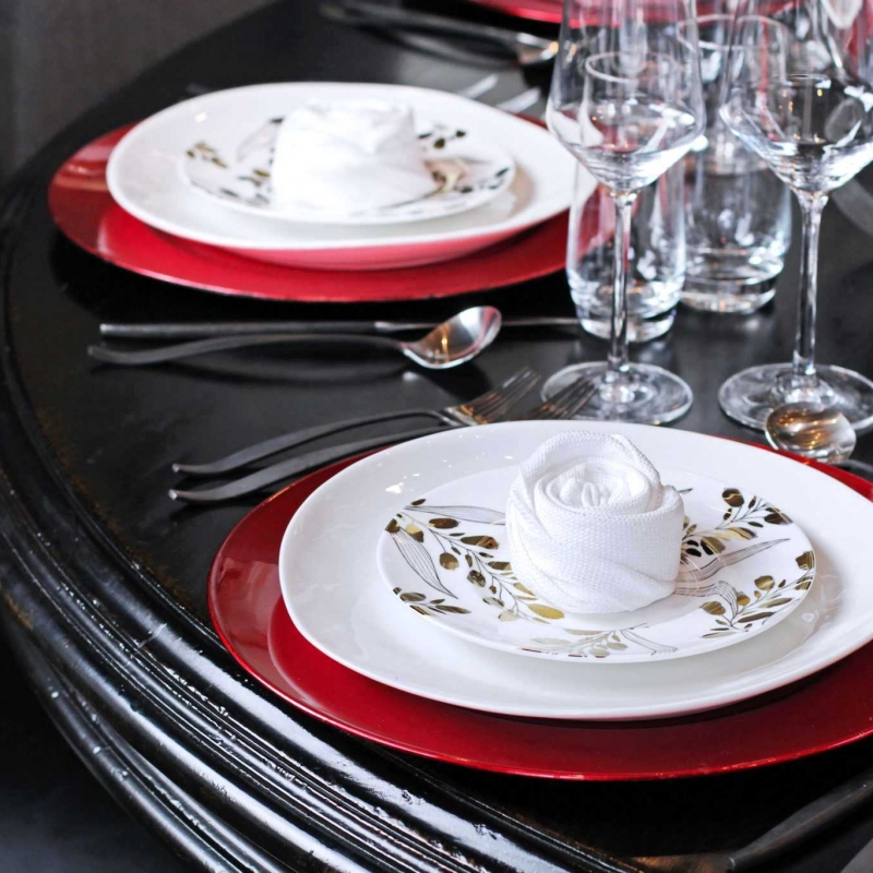 Dining Place Setting